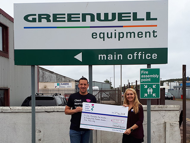 Greenwell raises £1,500 for charity